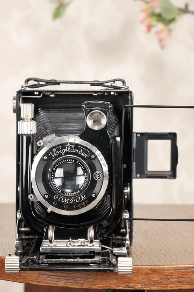 Superb! 1932 Voigtlander Bergheil Camera with Heliar lens and Roll-Film back! Freshly serviced CLA'd - Voigtlander- Petrakla Classic Cameras
