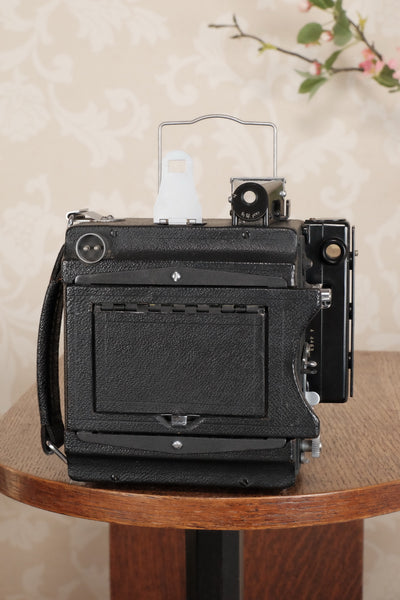 Superb 1945 GRAFLEX SPEED GRAPHIC, Coated Ektar lens, Roll-film back & Freshly Serviced! CLA'd! - Graflex- Petrakla Classic Cameras
