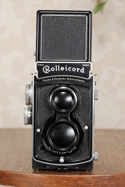 SUPERB! 1937 Rolleicord with leather case. CLA's, Freshly Serviced! - Frank & Heidecke- Petrakla Classic Cameras