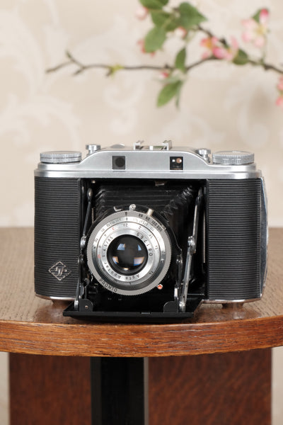 Superb, circa 1955 Agfa 6x6 Isolette III, Freshly Serviced! CLA'd - Agfa- Petrakla Classic Cameras