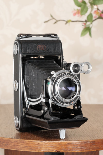 1952 Zeiss-Ikon Super 6x9 Ikonta 531/2, Synchro-Compur & Coated Zeiss Tessar lens, CLA'd, FRESHLY SERVICED! - Zeiss-Ikon- Petrakla Classic Cameras
