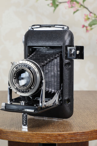 SUPERB! 1935 Kodak REGENT 6x9 Coupled Rangefinder Camera, CLA'd, Freshly serviced!