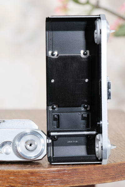 Near mint! 1939 Zeiss Ikon Contax II Body,  CLA'd, Freshly Serviced! - Zeiss-Ikon- Petrakla Classic Cameras