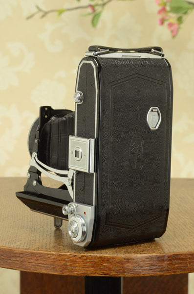Near Mint! 1938 Zeiss-Ikon Ikonta 6x9, FRESHLY SERVICED
