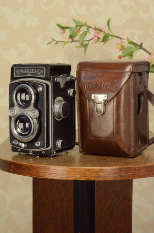 1938 Rolleiflex Automat, Freshly Serviced, with leather case. FRESHLY SERVICED! - Frank & Heidecke- Petrakla Classic Cameras