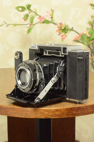 1936 Zeiss Ikon Super Ikonta, Tessar lens, Freshly Serviced!