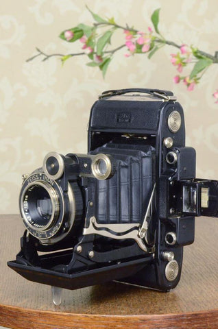 1936 6x9 Super Ikonta with Tessar Lens, FRESHLY SERVICED - Zeiss-Ikon- Petrakla Classic Cameras