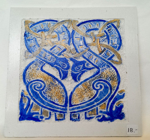 painted tile - Celtic pattern