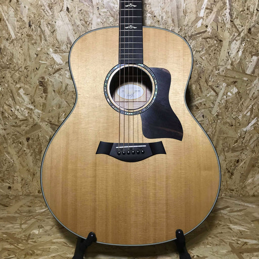 Taylor 618E Grand Orchestra Electro Acoustic Guitar (Second Hand) - Music Junkie