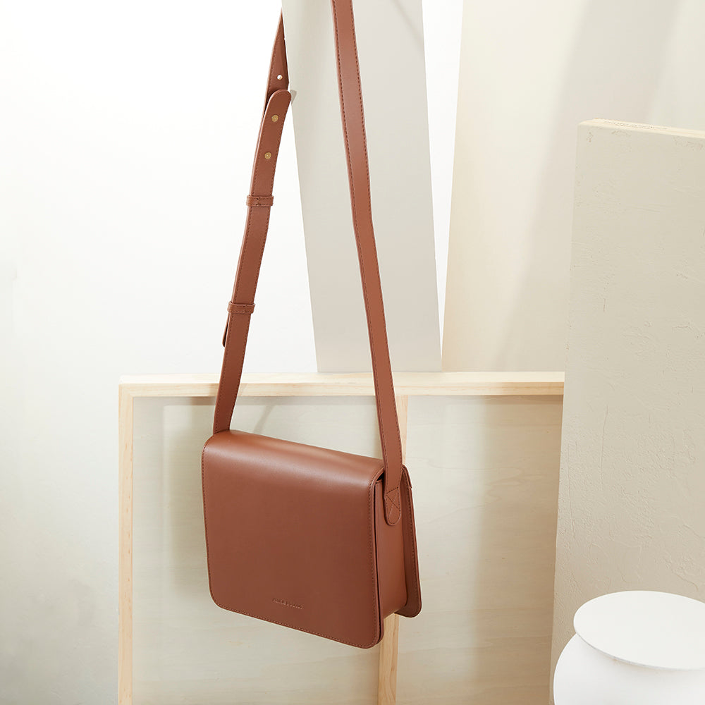 Flap Box Crossbody - No° N3 - Mocha Brown Smooth Nappa
