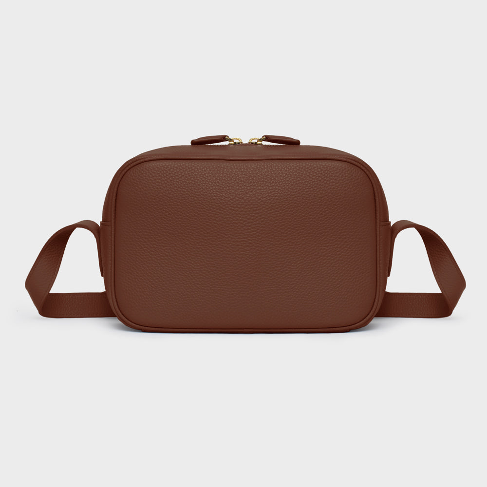Camera Crossbody - No° B4 - Dark Brown Pebble Grain