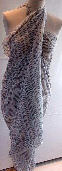 Lehriya Sarong - Grey - An Indian Summer