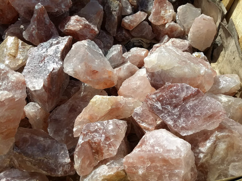 Hematoid quartz, or strawberry quartz, in the rough at the Kino Show