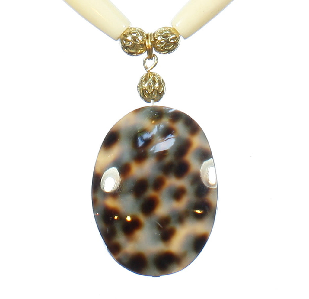 "Cowrie Shell Pendant Necklace ""Watch the Leopard"" Style-ARThouse"
