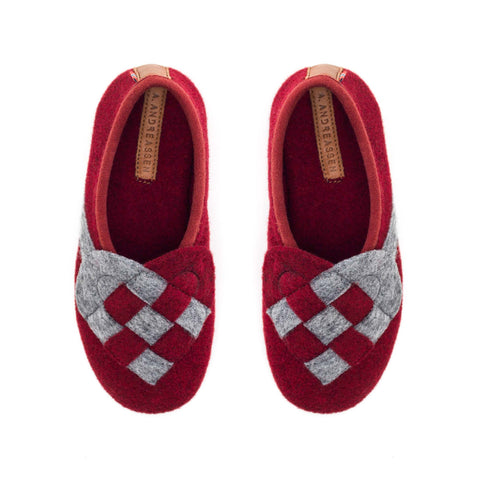 Lille Elskling girls felt slippers red