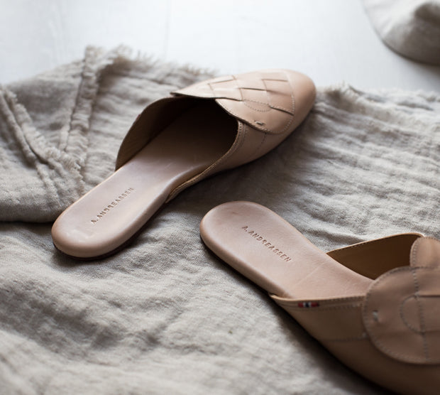 Elskling Mules | Leather | Nude