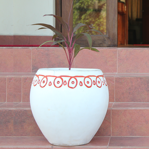 Buy traditional plant pot online