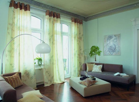 Curtains with matching Wall Colour