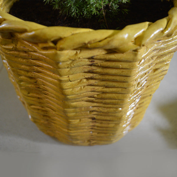 Decorative Pinnal Planter pots online