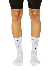 FINGERSCROSSED SOCKS | SS21 #10_09 HEARTS WHITE - Standert Bicycles
