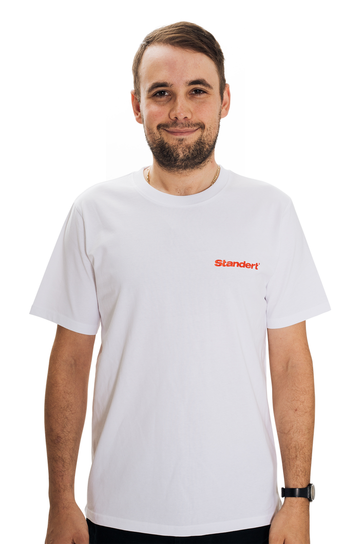 Standert T-Shirt | Performance Logo | red embroidery