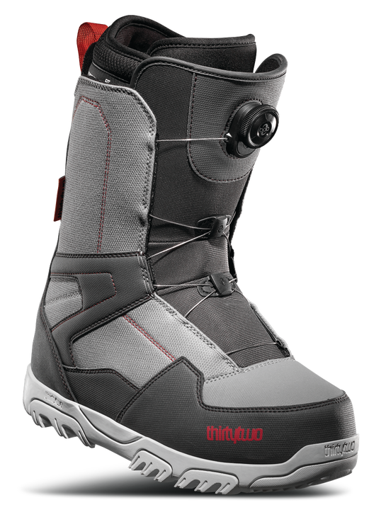 32 shifty snowboard boots with BOA