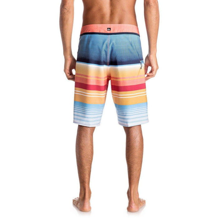 "Boardshorts - Quiksilver Everyday Stripe Vee 21"" Boardshorts"