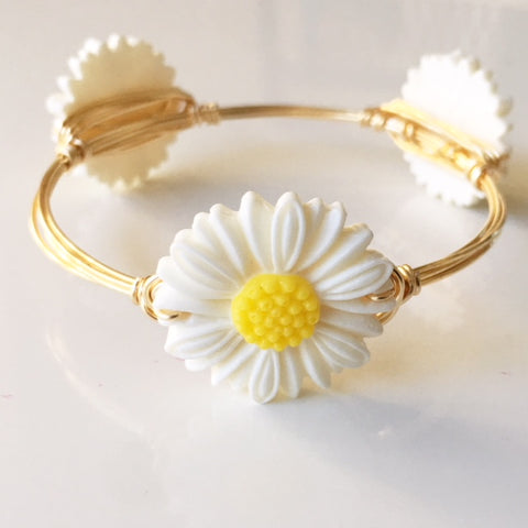 White Daisy Bangle