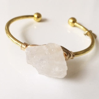 White Quartz Stone Cuff (Gold)