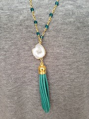 White Druzy/Turquoise Tassel/Emerald Beaded Chain Necklace