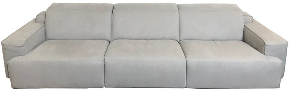 Natuzzi Italia Iago 2954 Sectional Recliner in a Light Grey