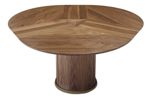 Skovby SM 32 Round Dining Table with 3 Folding Leaves