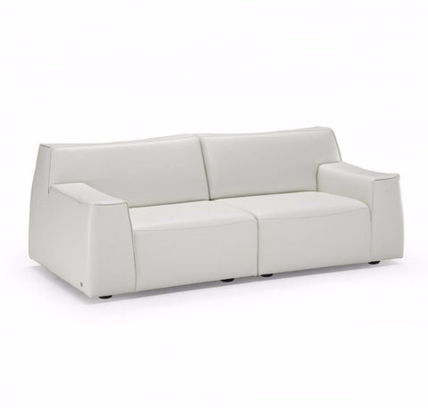 Forma Loveseat