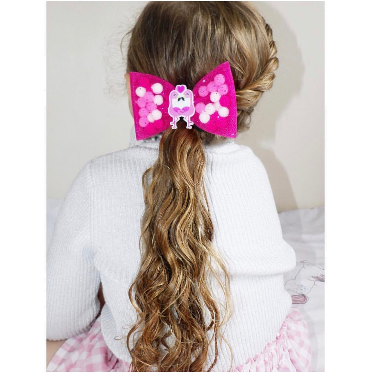 Flamingo Love Pominnie Bow