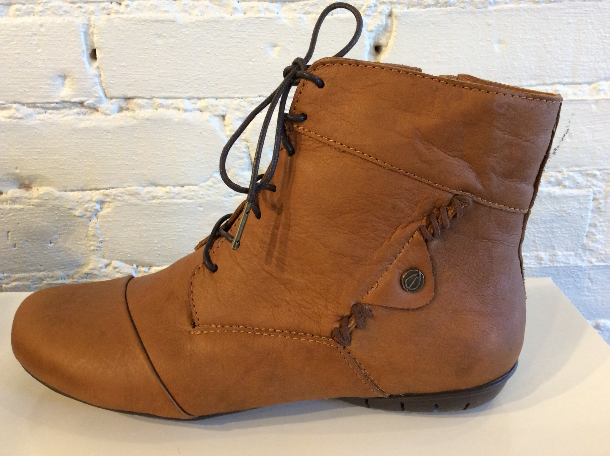 Sergio Tomani DIANA Boot in Miel *SALE* - Now $99
