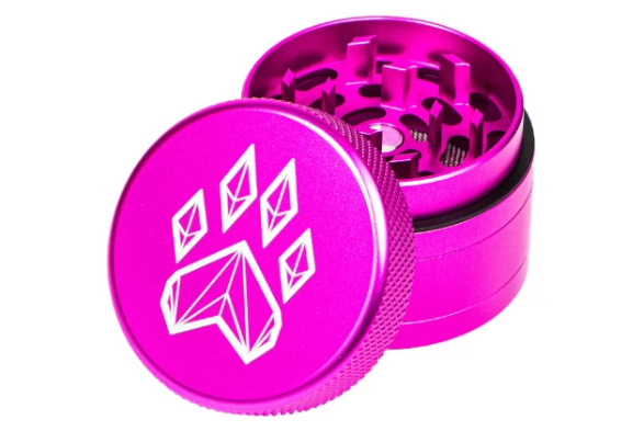 "Wolf Traditional 2.5"" 4-piece Grinder"