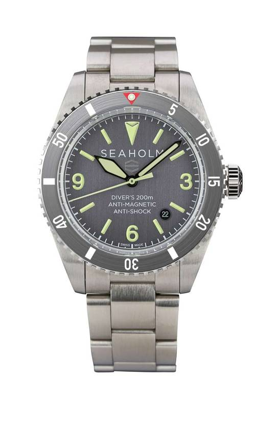 SEAHOLM // OFFSHORE DIVE WATCH