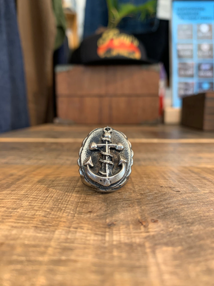 RING CRAFTERS // ANCHOR SIGNET // SIZE 10