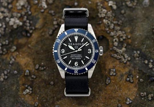 Load image into Gallery viewer, SEAHOLM // OFFSHORE DIVE WATCH