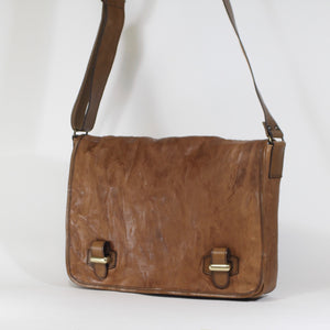 Lightbrown unisex leather messenger bag made in Italy