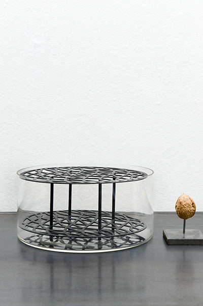 Brass grid vase black medium