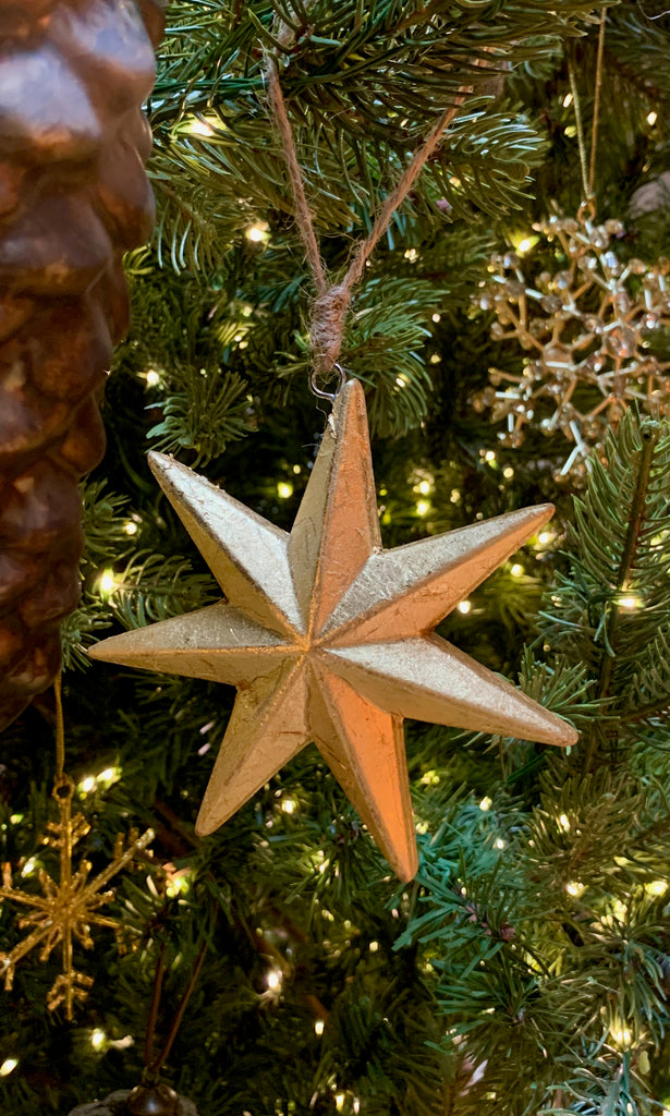 Wooden star gold tree decoration
