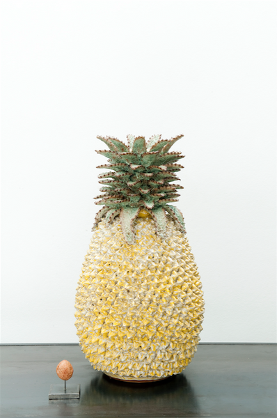Pineapple vase - yellow patina