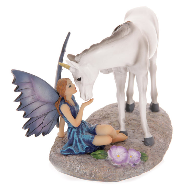 Unicorns Kiss Figurine