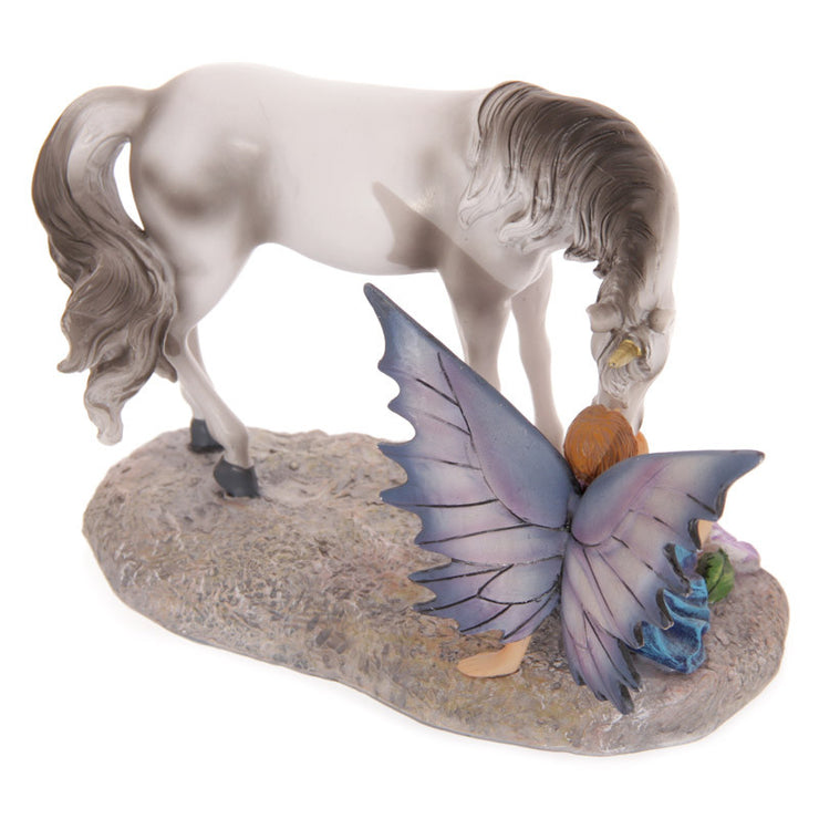 Unicorns kiss figurine, rear view