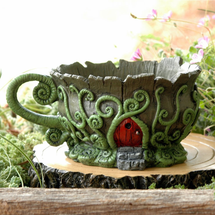 Fiddlehead woodland teacup planter