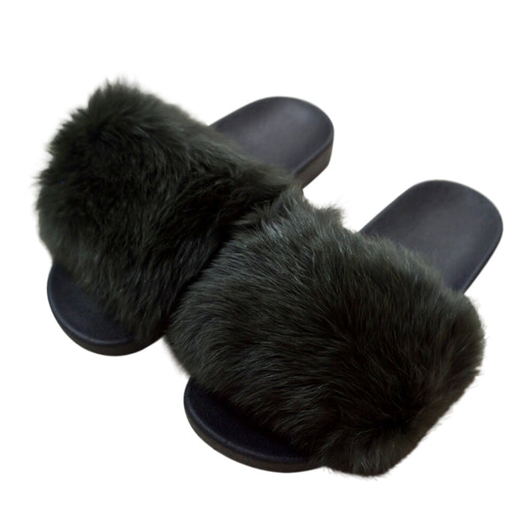 Fur slippers green