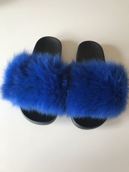 Fur slippers blue