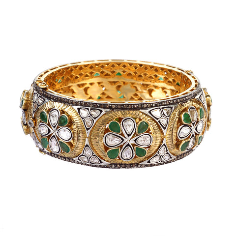 Emerald and diamond maharaja bangle