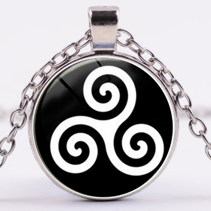 Triskelion Bdsm necklace